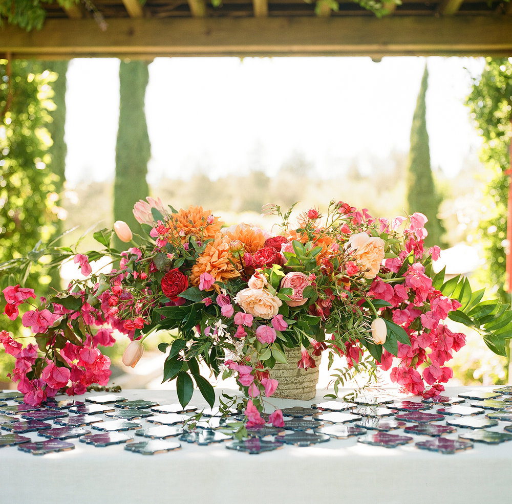 33-bougainvillea-centerpiece-tile-escort-cards.jpg