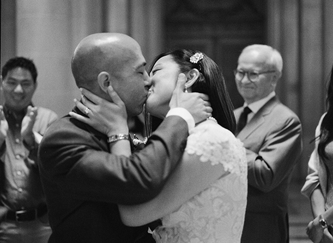 san-francisco-city-hall-wedding-film-christina-mcneill-005.jpg