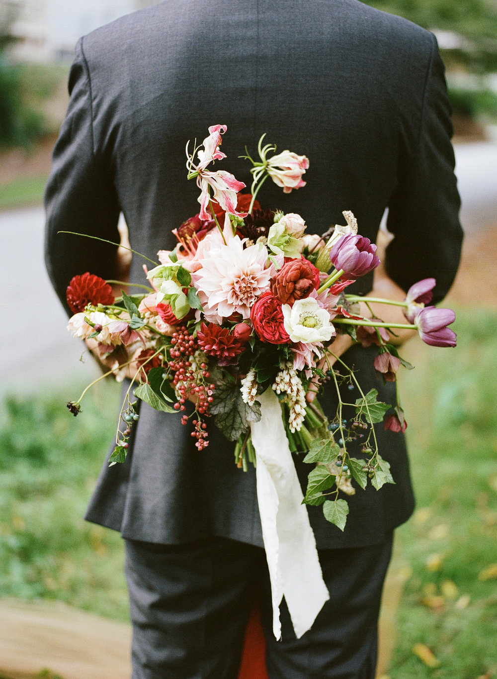 27-bold-bridal-bouquet.jpg