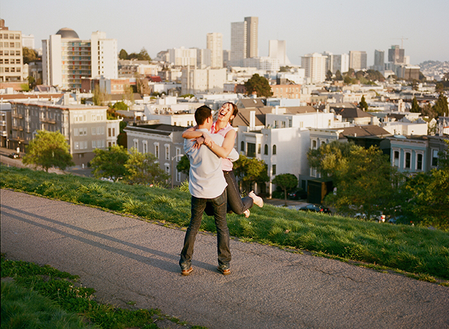 09-vespa-engagement-session-san-francisco.jpg