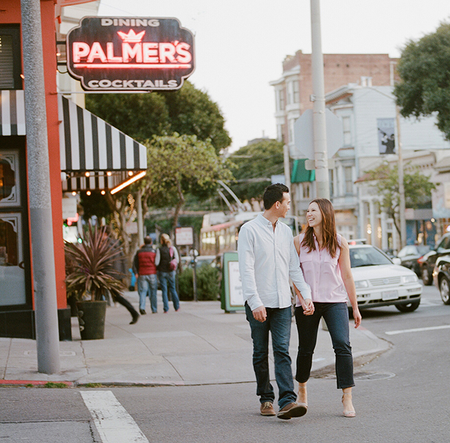 16-vespa-engagement-session-san-francisco.jpg