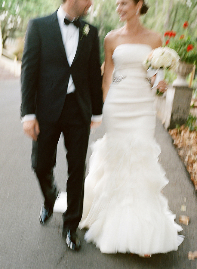 01-bride-groom-blurry-vera-wang.jpg