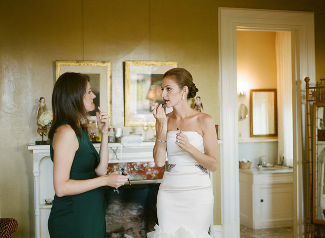 9-bride-applying-lipstick.jpg