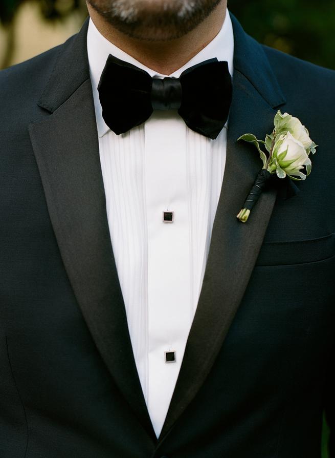 29-black-velvet-tie.jpg