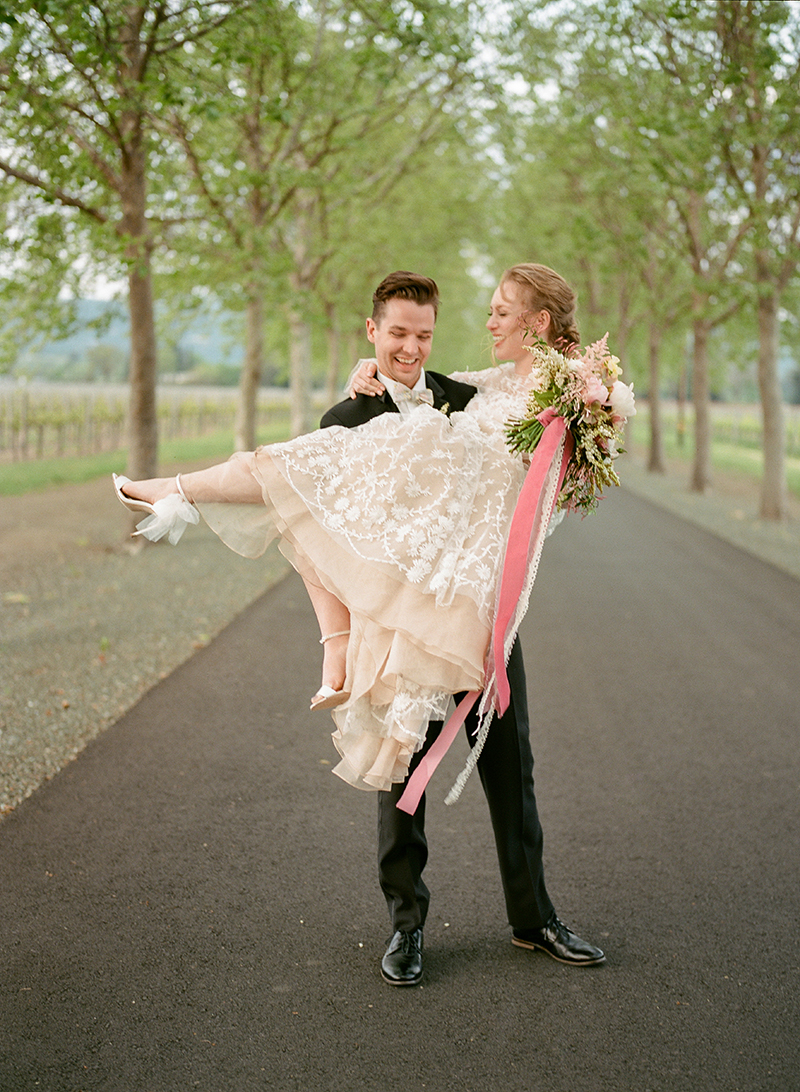 23-bride-groom-threshold.jpg
