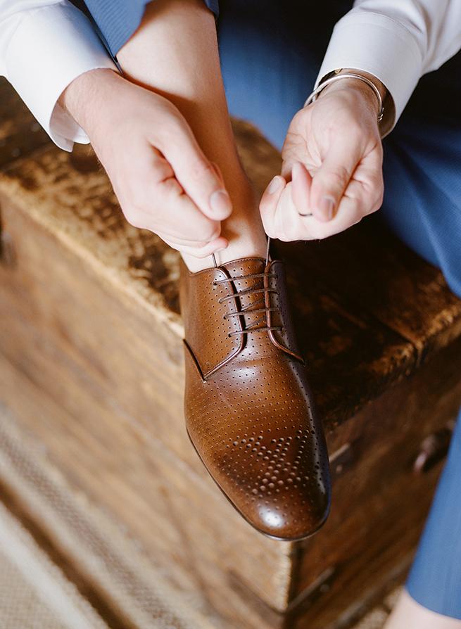 6-groom-shoes.JPG