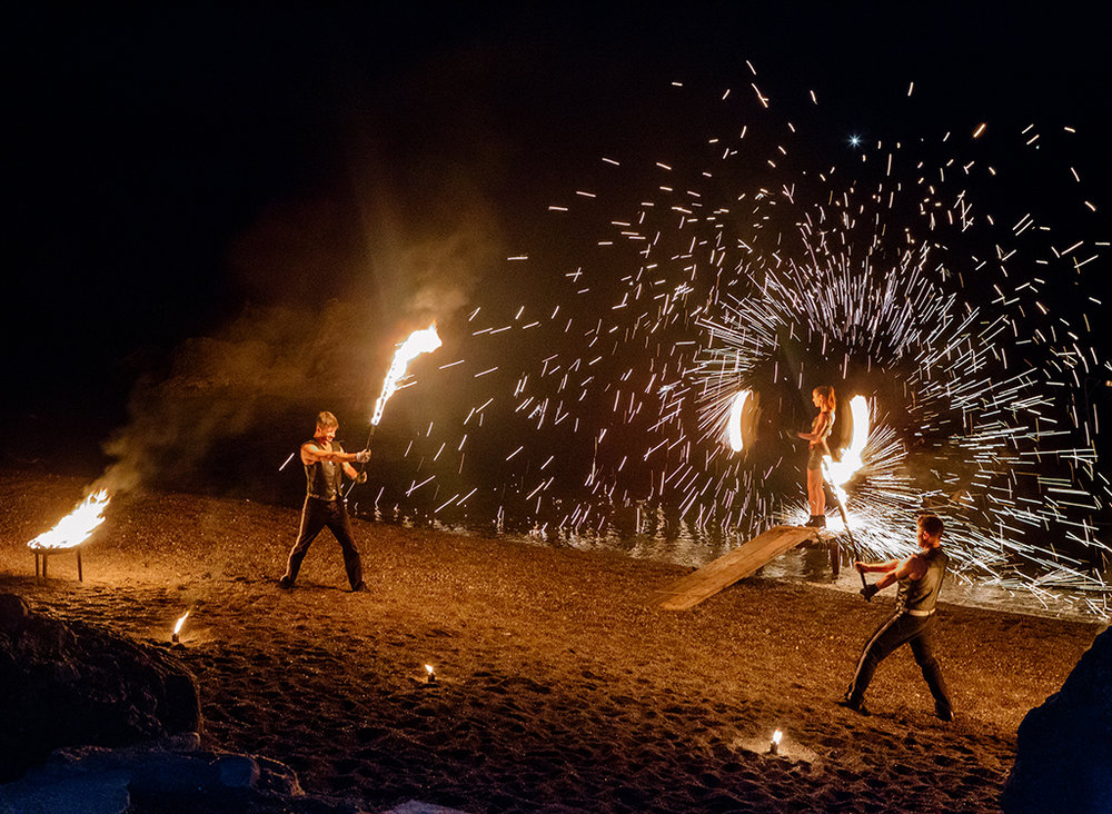 26-fire-dancers-italy.jpg