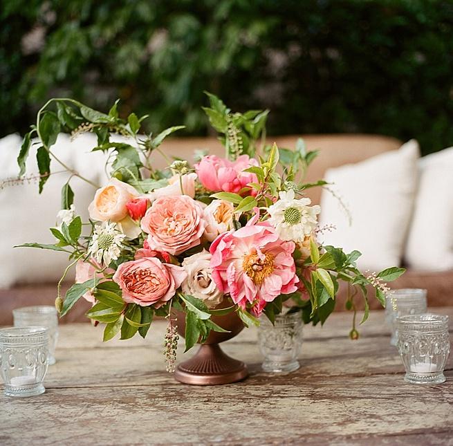 29-peony-floral-centerpiece-hasselblad.jpg