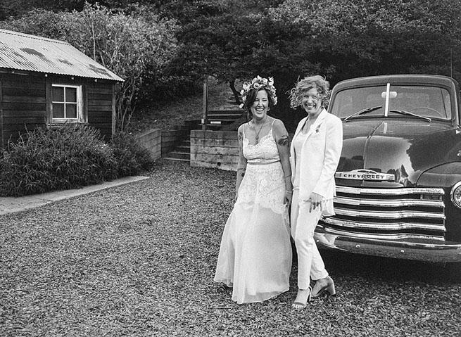 52-brides-old-pick-up-truck.jpg