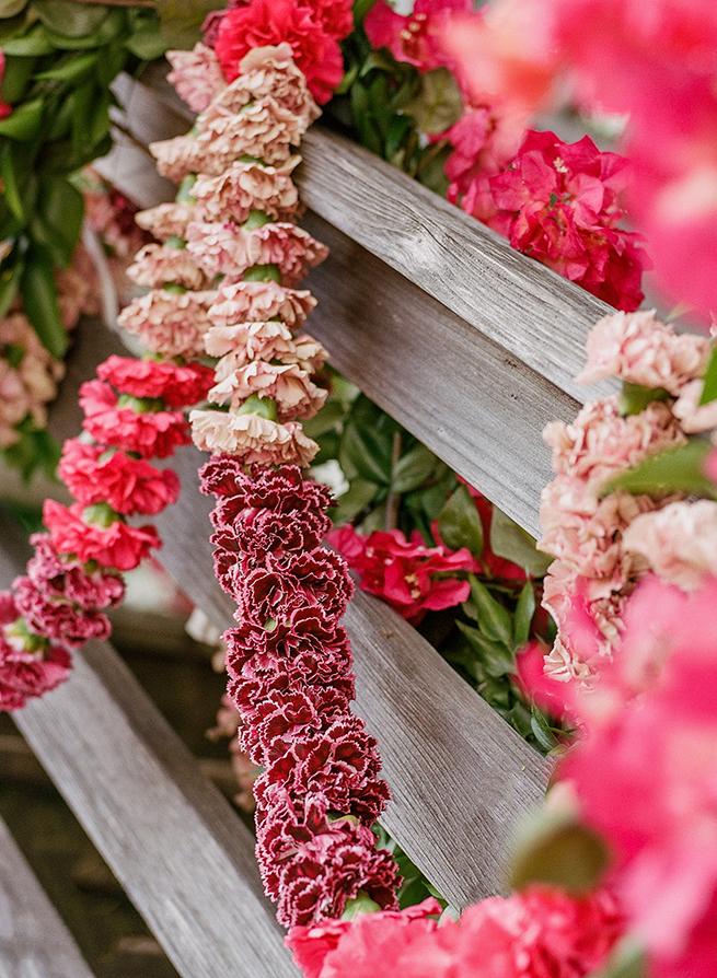 carnation-bougainvillea-garland-004.jpg
