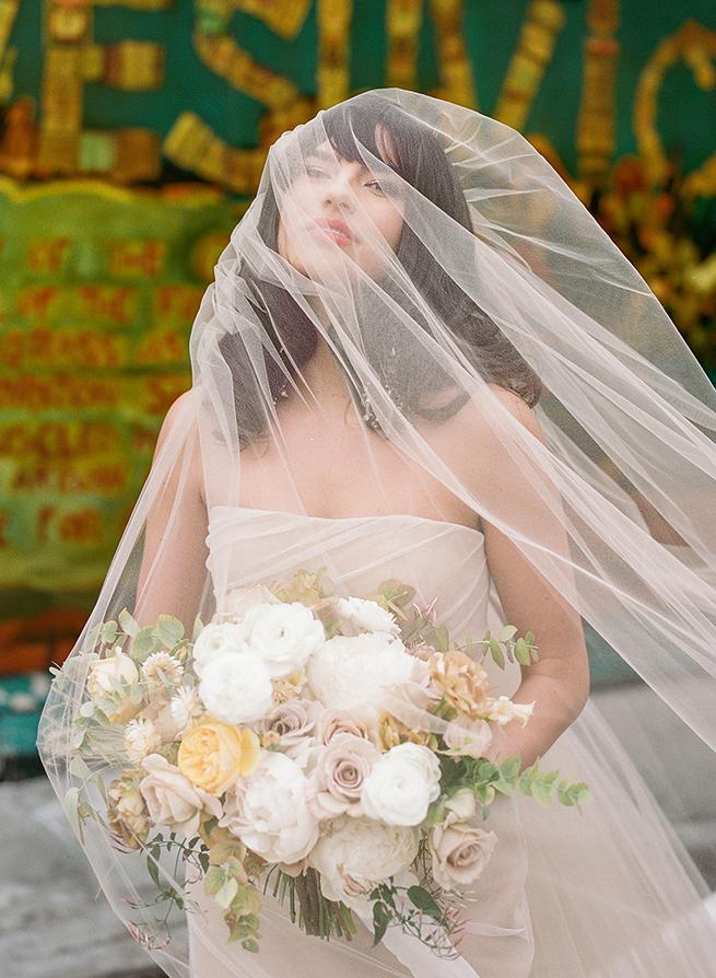 pavlova-vera-wang-gown-yellow-06.jpg