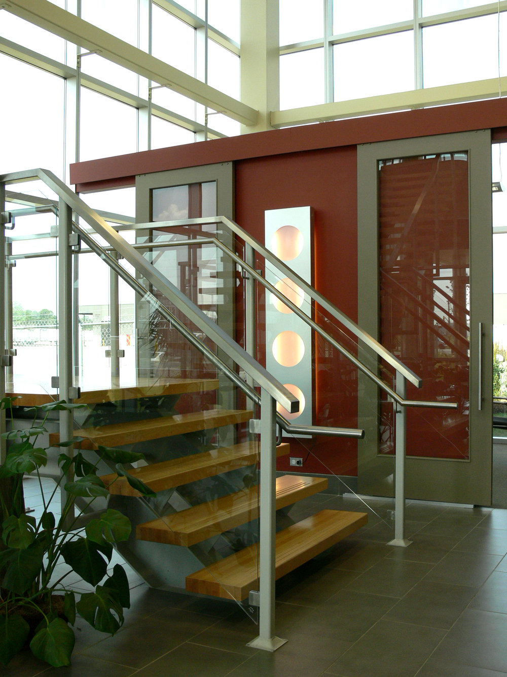 entry stair close.jpg