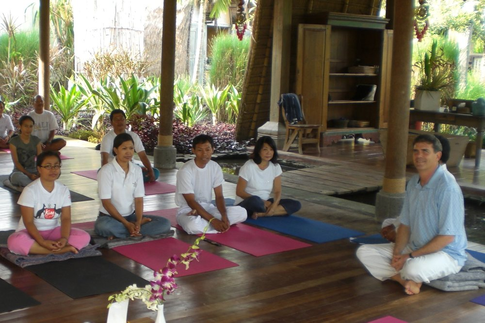 sujantra lecturing in bali.jpg