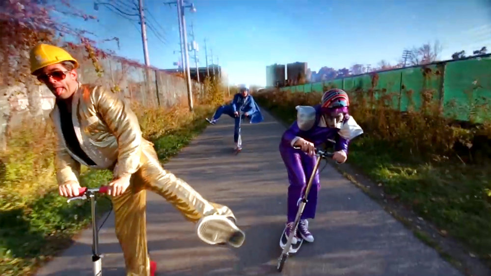 Music Video /  Riding My Scooter - Rock'n'Rainbow / 2m:   A fun, fast paced video the follows the scooter-ific odyssey of Purple Stardust through a Rock & Roll dreamscape.