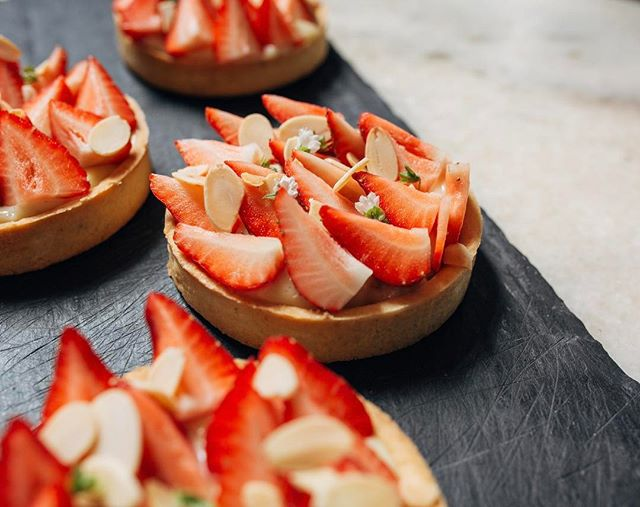 Happy Mother's Day! Brunch is kicking off right now with these strawberry tarts, courtesy of @gerson_reyes. A especially happy Mother's Day to our very own Melissa Young (@youstopit) you rule! 🍾💐🍓