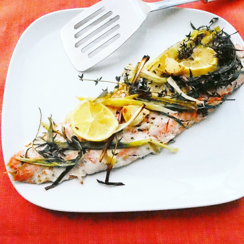 This roasted salmon with spring onions can be made easily without a recipe! Just pan fry some salmon on each side for a few minutes, transfer it to the oven with some spring onions, tarragon, garlic, and roast until the salmon is cooked through. So perfect easy salmon recipe!
