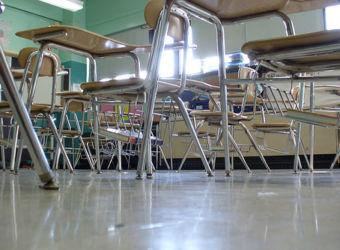 classroom-chairs-340x250-c-default.jpg