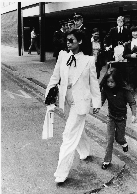 rachelzoe :      No one can rock a tux quite like Bianca Jagger…such an inspiration.