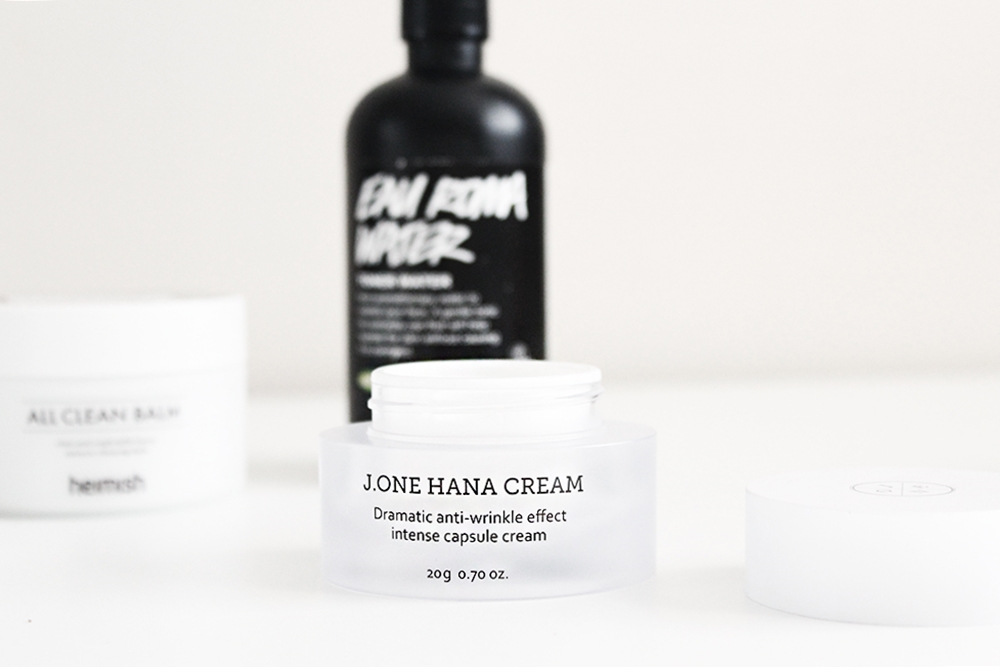 J One Hana Cream capsule skincare