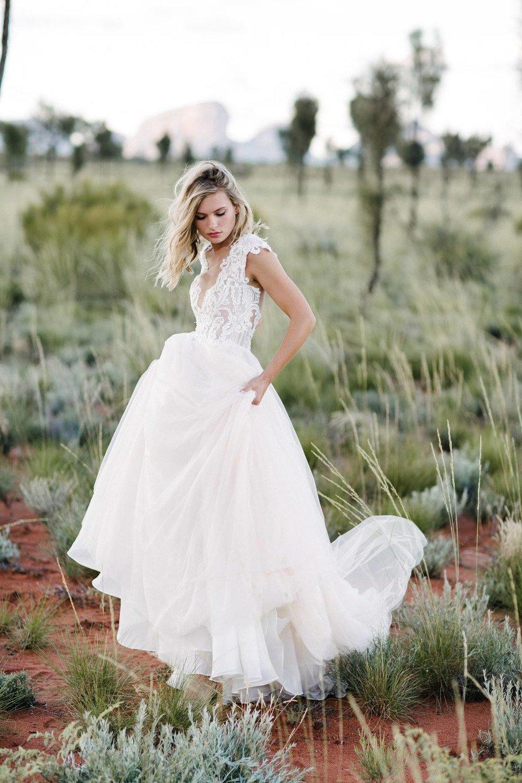 ottawa-wedding-dresses-westboro-bridal-store-modern-bride-boutique-revelle-MadeWithLove-Carrie_MWL.jpg