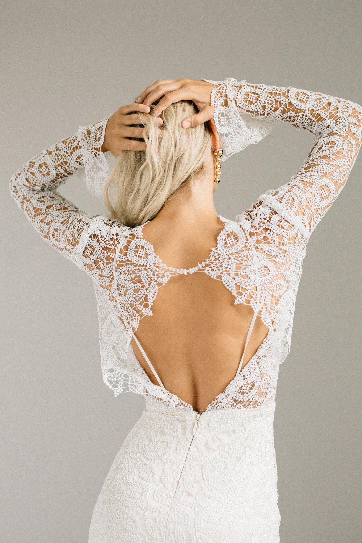 ottawa-wedding-dress-westboro-bridal-store-modern-bride-boutique-revelle-laudae-Halsey-PS3.jpg