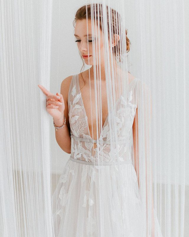 One more sleep until our @willowbywatters and @watters Trunk Show begins ☝🏻 • Just wait till you see these gorgeous collections in our shop. And remember, if you choose to become a Willowby or Watters bride this weekend, you'll receive 10% off your gown 💃🏻 • Check our story for any last minute appointments this weekend ☝🏻 • #trunkshow #willowbywatters #beawattersgirl #bride #bridal #weddings #weddinggowns #bridalfashion #sayyestothedress #engaged #marriage #ottawa #bridalboutique #yowbride #ottawaweddings #wellingtonwest #revellebride #revellebridal #revelleweddings 💕 • design and styling @toast.events / photography @laurakellyweddings / venue @oagevents / florals @wedecor_tm / invitations @littlenorthcompany / accessories and footwear embellishments @sarahwalshbridal / dress @willowbywatters from @revellebridal / menswear @l_hexagone / hair @showponyhair / makeup @klavaz.makeup / tabletop decor @anthropologie / chargers, linens, rentals and decor @wedecor_tm / cake @cake_whisperer / videography @rowlandfilms / models @michaelepore @alekseyvna @angiesmodels #tussledandtassels