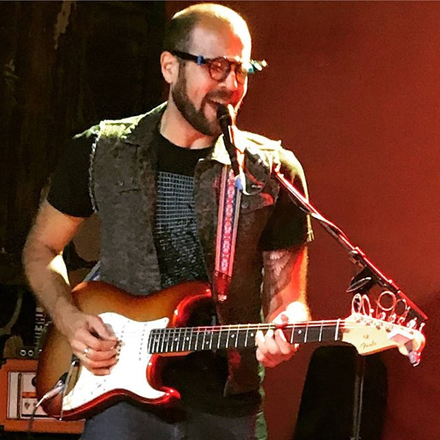 Our man @brocktopolis rocking the #vocoder at @pianosnyc with Flyer Learning. #fender #stratocaster #electroharmonix #electrofunk