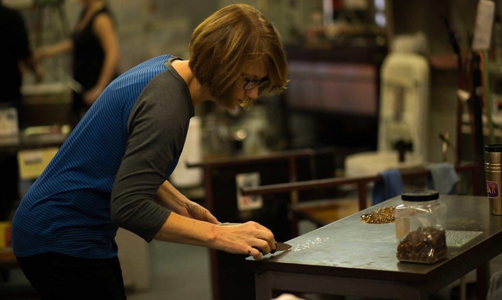 Andy Nicholes Art Glass Columbia Gorge Glassblowing_-18.jpg