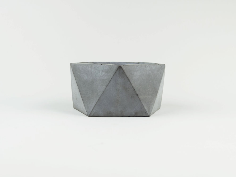 Simple and Modern Concrete Succulent Planter in Charcoal
