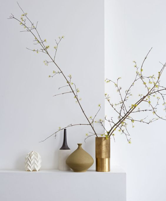 Beautiful over-sized fall branches in a vase - Image  via
