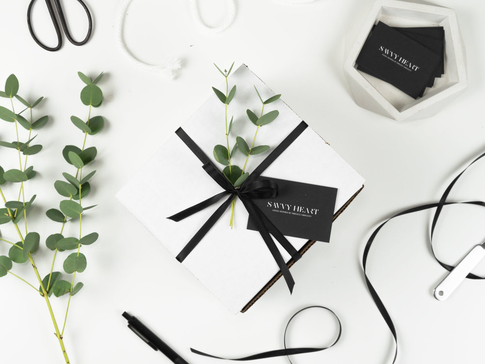 5 Tips for Giving the Perfect Gift this Holiday Season by The Savvy HEart Creative Design Studio in Seattle