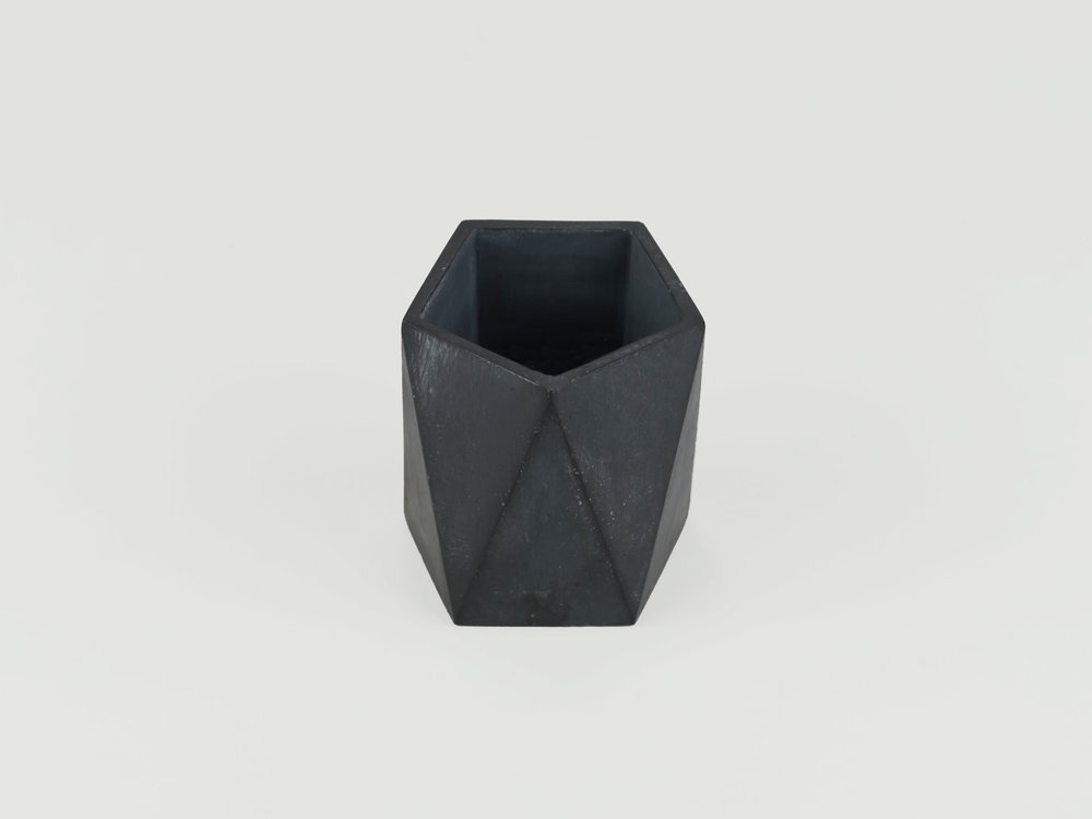 Small-Charcoal-Grey-Concrete-Container-for-Personal-Items-by-the-savvy-heart.jpg