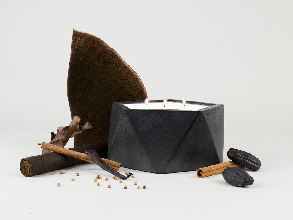 Coriander and Tonka Bean Scented Geometric Concrete Candle