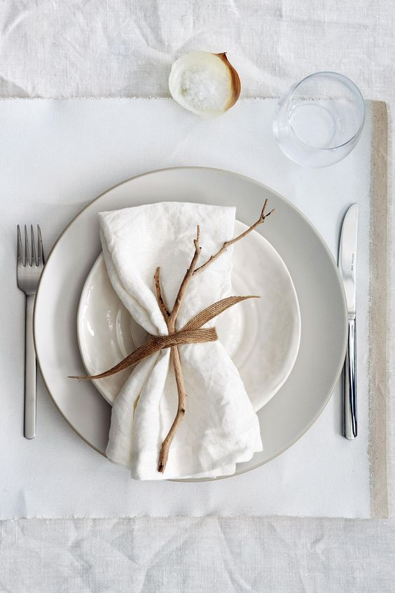 white on white modern table setting ideas for thanksgiving dinner.jpg