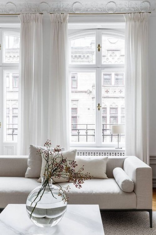 5 Tips For Decorating With Different Shades Of White Cream The Savvy Heart