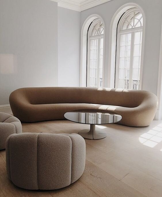Cue The Curves All About The Curvy Sofa Furniture Trend The Savvy Heart