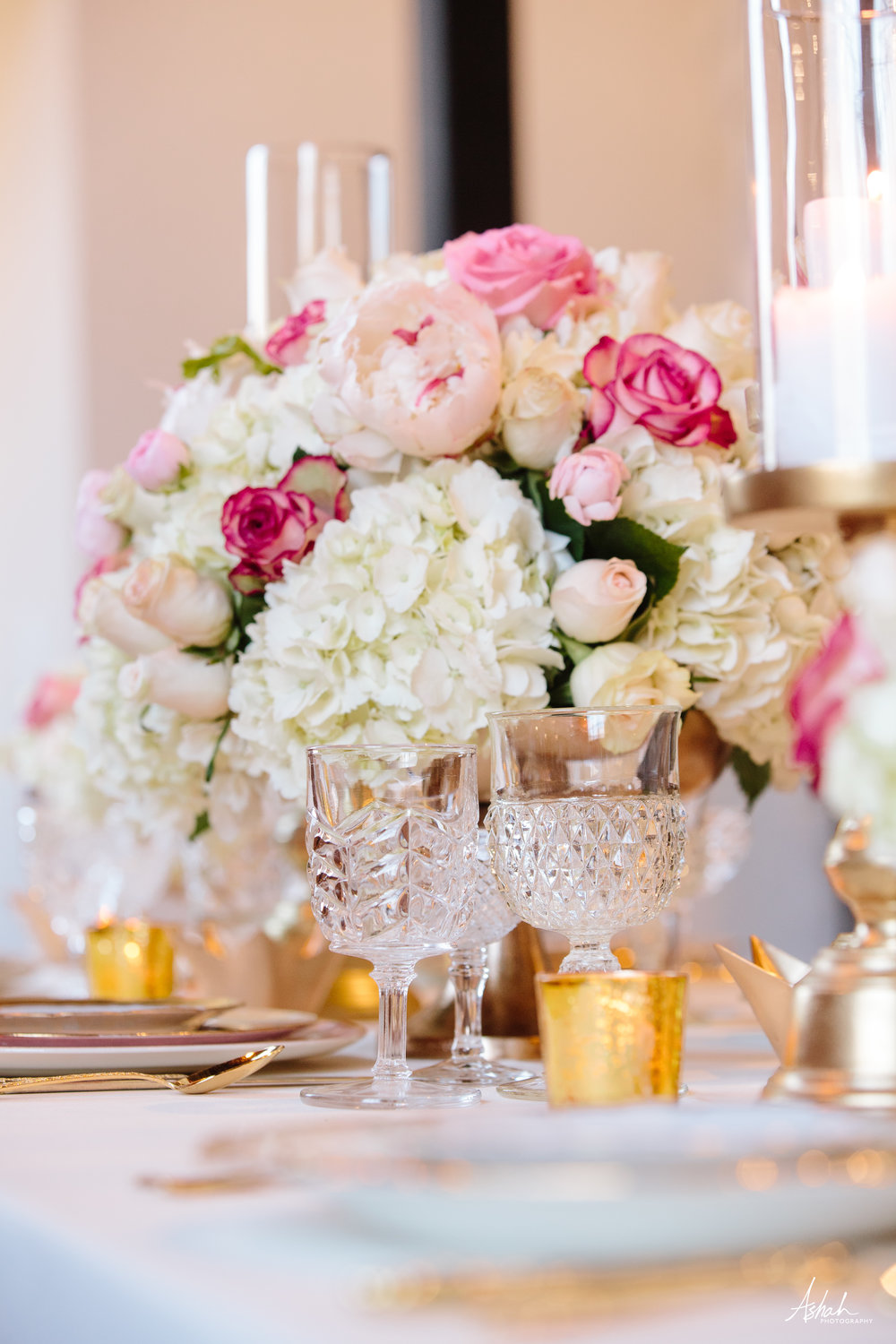 Photo:  Ashah Photography  | Flowers:  Southern Florals and Drapes  | Tableware:  Southern Vintage
