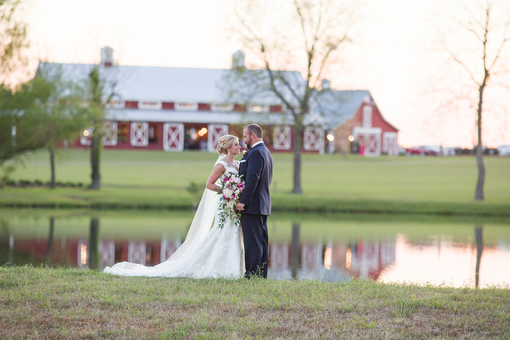 Twin Oaks Farm Weddings | Venue Spotlight Twin Oaks Farm Heather Perrin Macon Ga Wedding