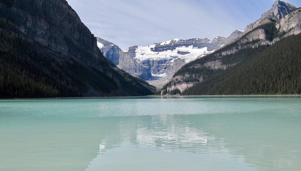 Lake Louise, AB (photo by: @thelotuspage)
