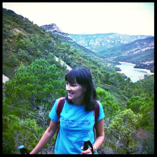 Senderismo - Subiendo a respirar aire puro a la montaña.