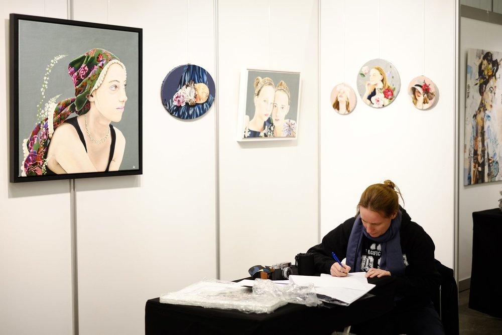 Inrichten van de stand Nationale Kunstdagen november 2016.