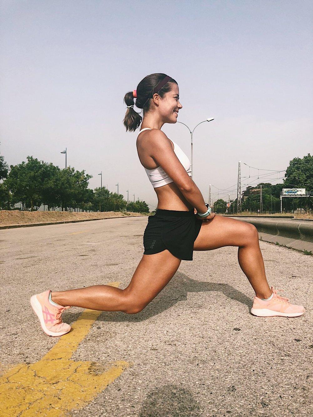 Psoas-ilíaco. Músculo fundamental na corrida, dado o importante papel como flexor da coxa. Alongamento muitas vezes descurado pelos atletas. -