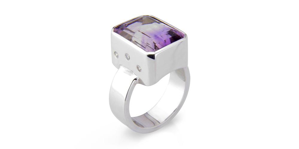 Bi-colour amethyst, diamond and silver ring