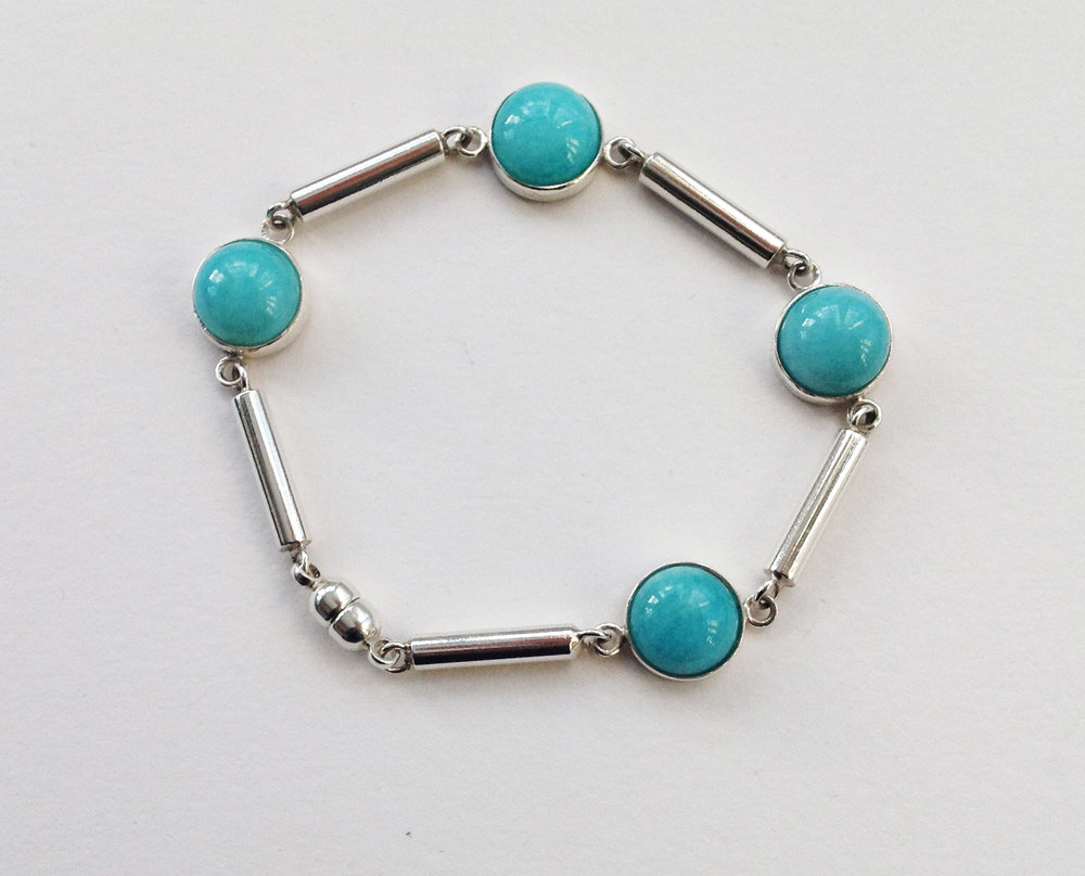 33. bracelet.jpg