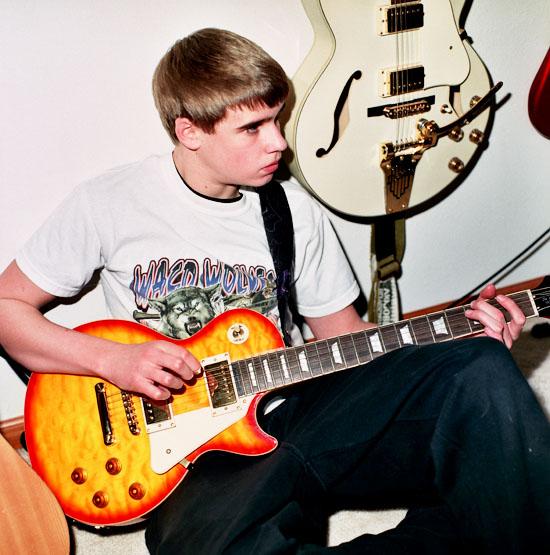 6_11-david-guitars-stephanie-noritz.jpg