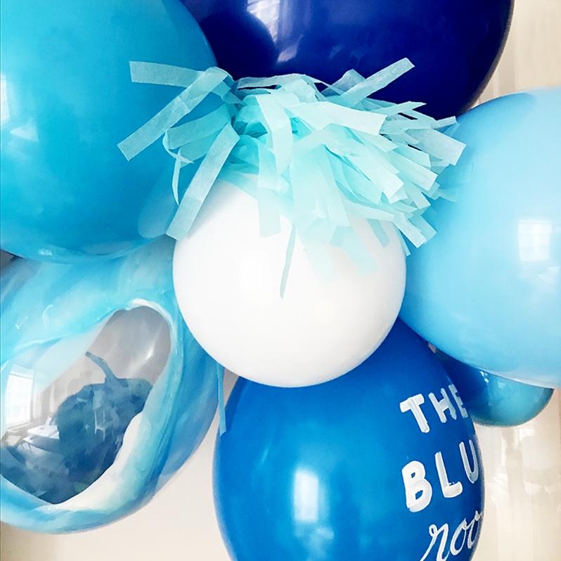 blueroomset.jpg