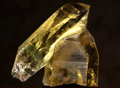 Citrine is favored by kundalini yogis for its quatility to manifest intentions.  Related to third chackra.  Place on the belly to ignite fire of digestion and elimination.