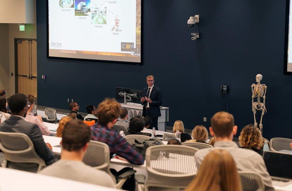 Alex J. Adams, PharmD, MPH addresses students during IPE at ICOM on September 26, 2018.