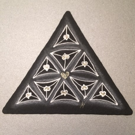 Valentangle Day 6 - Heart Fragment - 3Z Black Tile