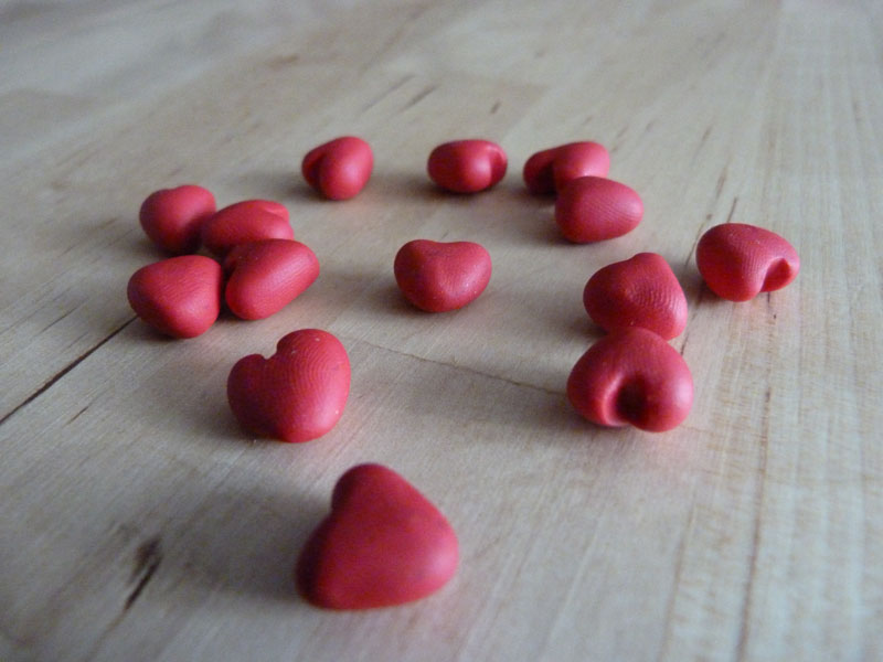 Love_Letter_game_heart_tokens_polymer_001.jpg